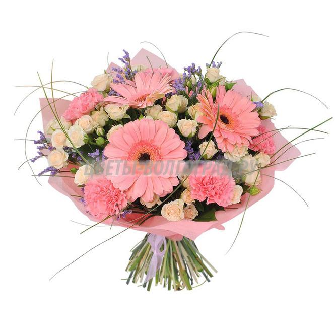 Цветов, букет из 82 роз и герберы